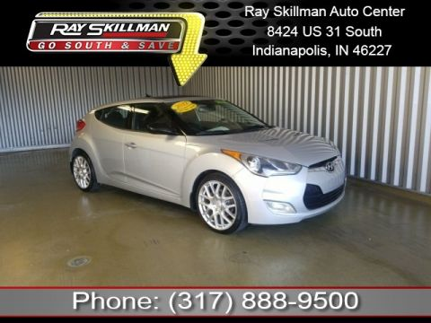 Pre-Owned 2012 Hyundai Veloster w/Black